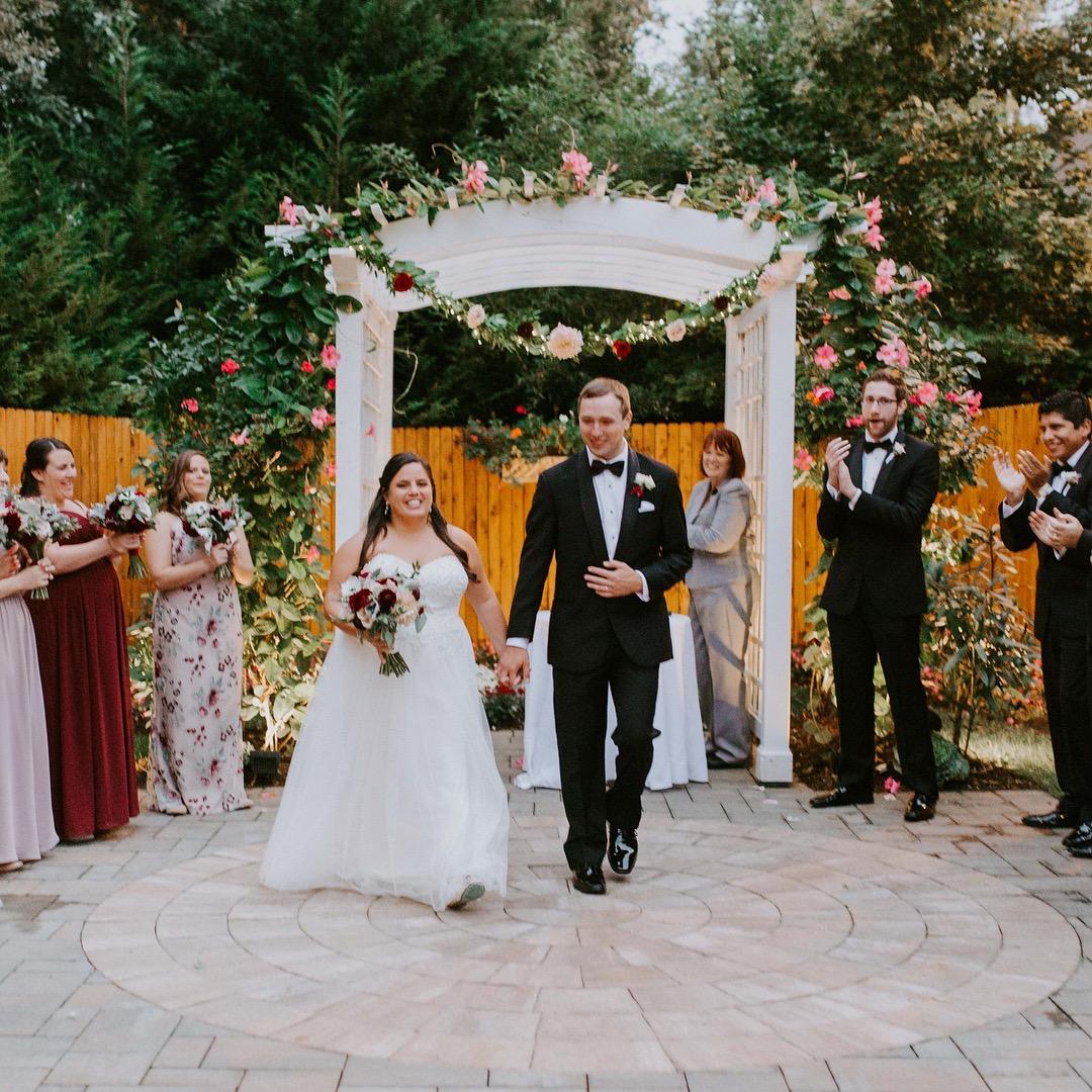 Outdoor Wedding Ceremony No Music: Il Tulipano Wedding Ceremony Music